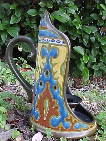 Rembrandt Vase; Actual size=240 pixels wide